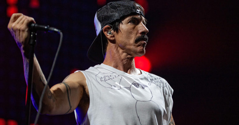 Red Hot Chili Peppers 2019